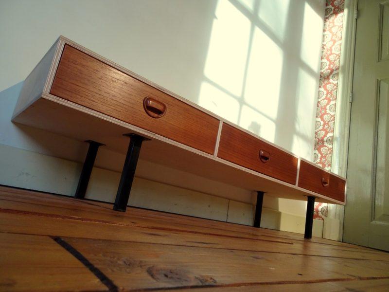 Vintage lowboard multiplex, verkocht
