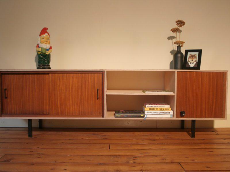 multiplex tv meubel met vintage elementen, € 620,-, verkocht