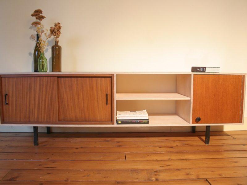 multiplex dressoir € 620,- / verkocht